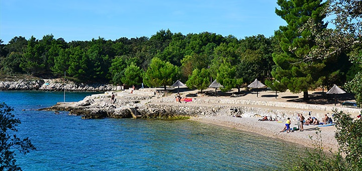 Pláž Jert u Pineziči, Krk